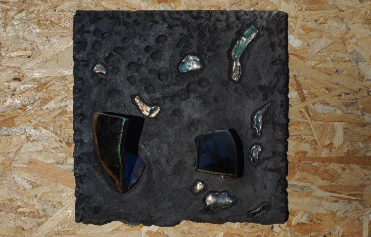 ICARO, ceramica raku, cm 35x35x14, 2015