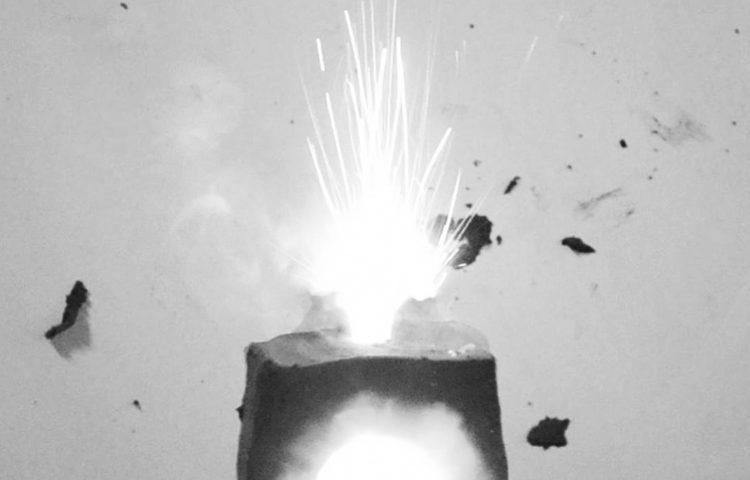 esplosione-da-video-02
